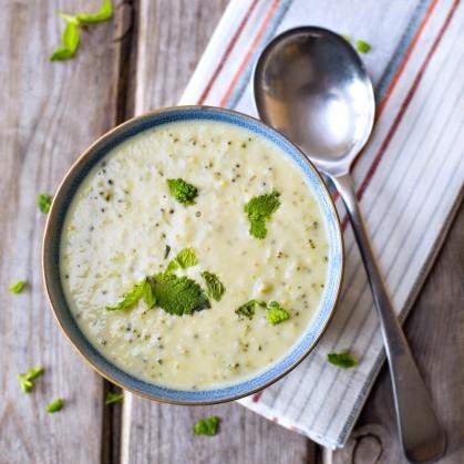 Сырный суп с курицей и брокколи