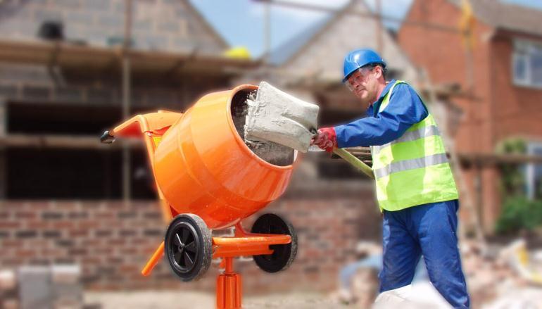 Замешиваем бетон для фундамента своими руками