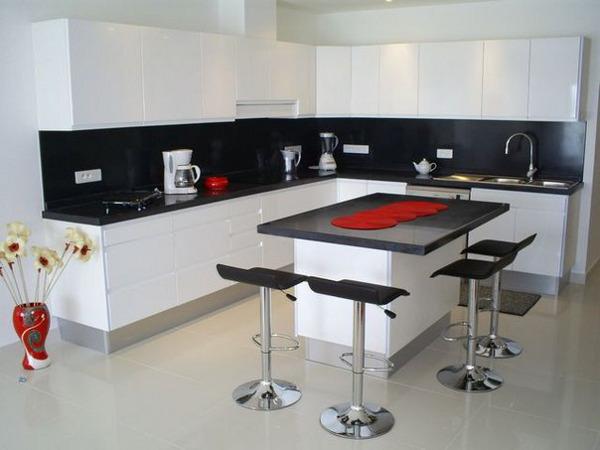 Белый цвет в интерьере кухни, реальный взгляд на вещи ► 3